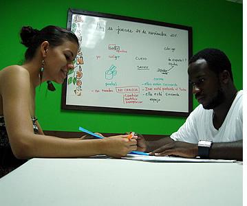 Alle klaslokalen op onze Spaanse school in Bocas del Toro zijn voorzien van airconditioning
